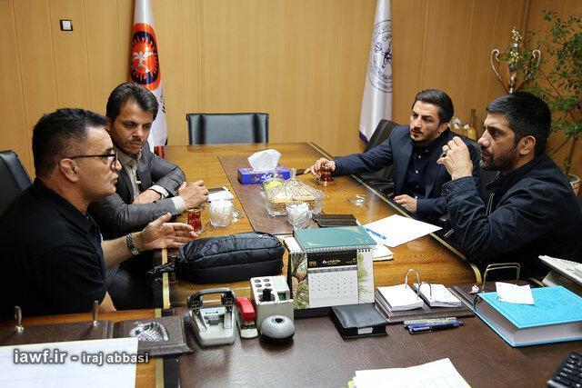 محمد بنا: با سوریان و رنگرز دیگر احساس تنهایی نمی کنم، مسئولان دغدغه های دبیر را کم کنند